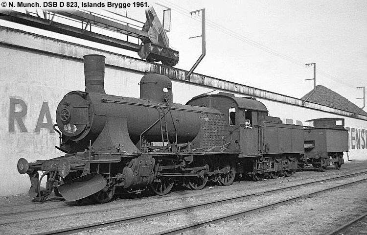 DSB D823