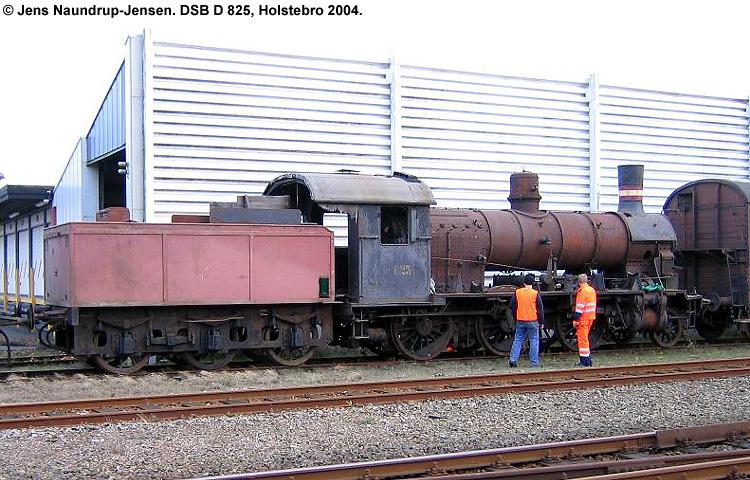 DSB D 825