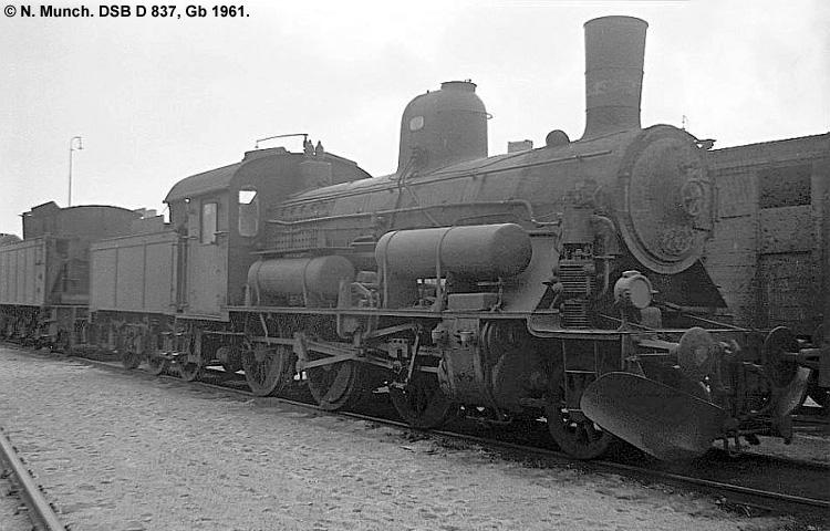 DSB D837
