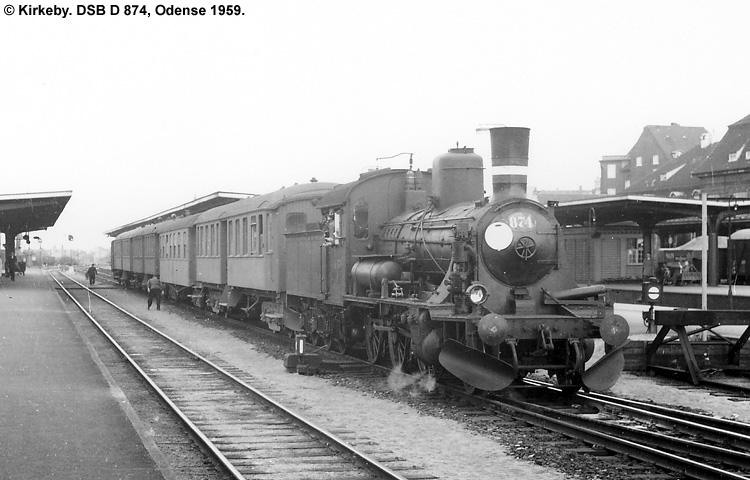 DSB D874