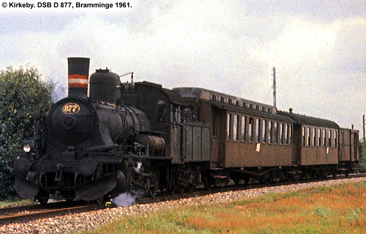 DSB D877