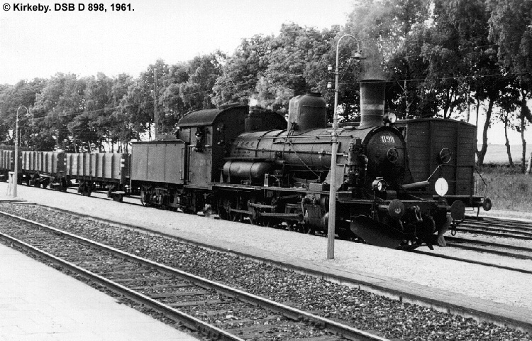DSB D898