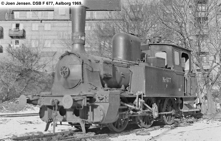 DSB F 677