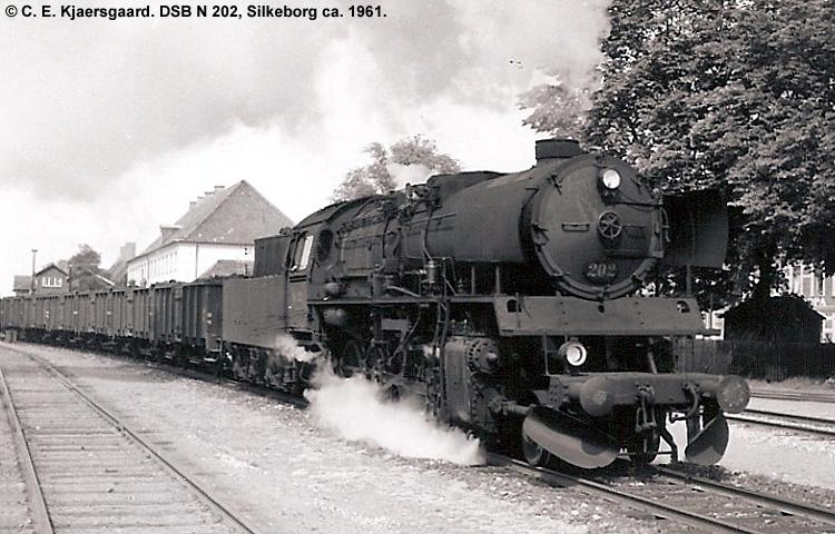 DSB N202