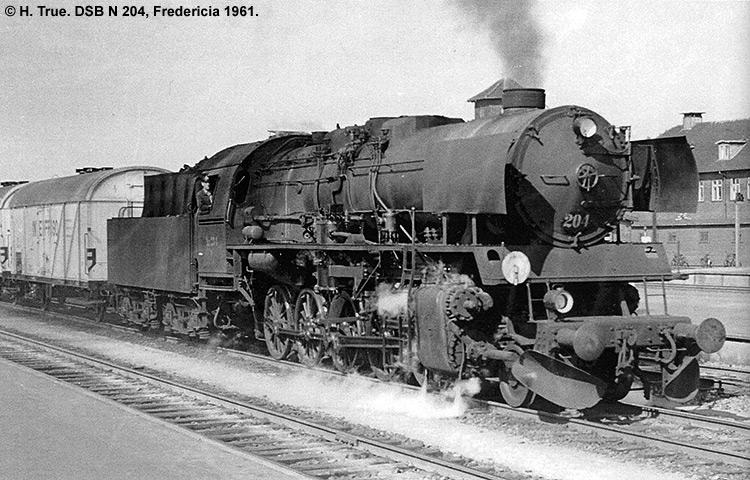 DSB N 204