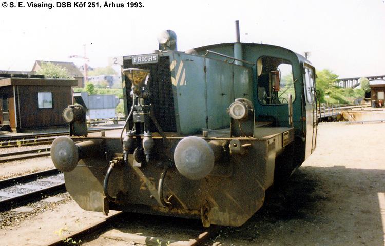 DSB Traktor 251