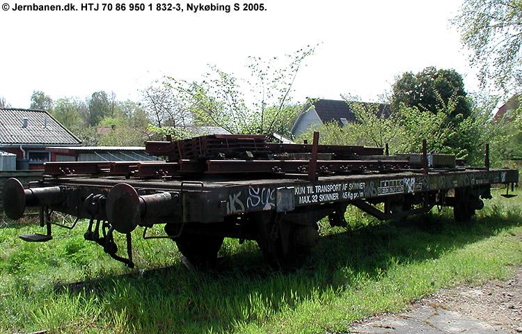 HTJ  950 1 832