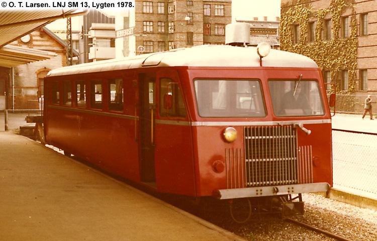 LNJ SM13 1