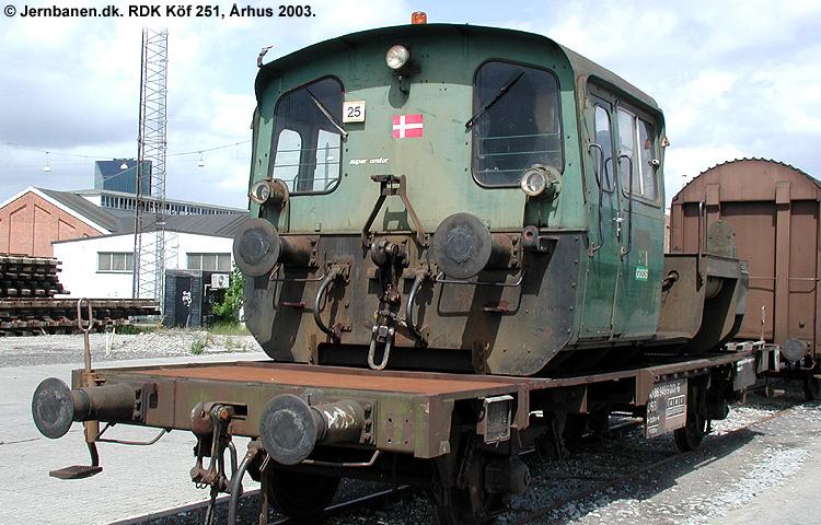 RDK Traktor 251