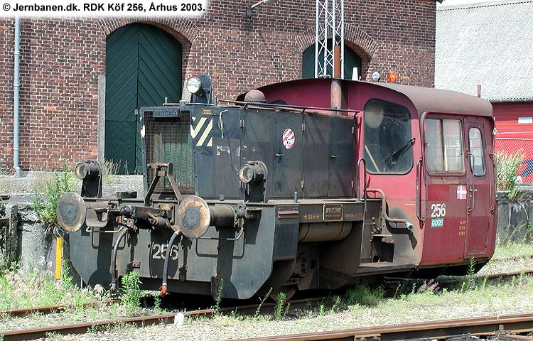 RDK Traktor 256