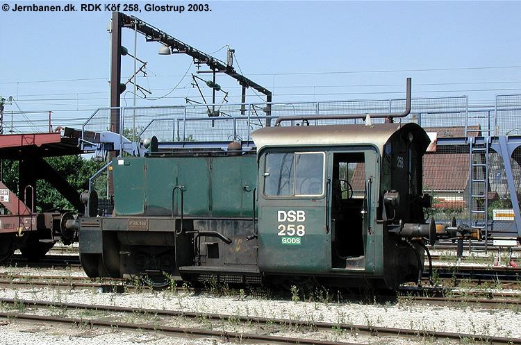 RDK Traktor 258