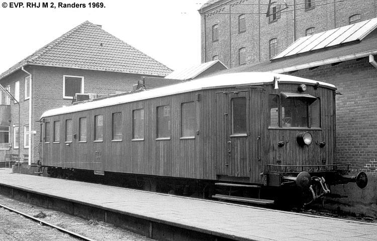 RHJ M 2