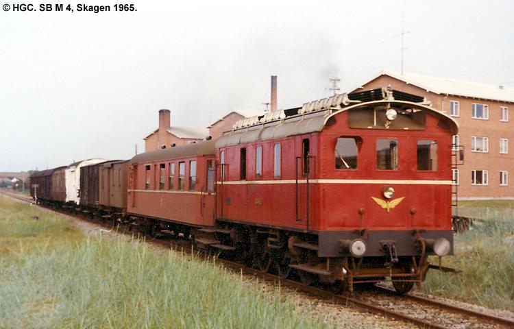 SB M4