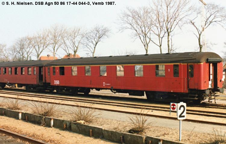 DSB Agn 044
