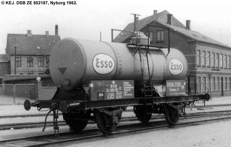 Dansk Esso A/S - DSB ZE 502187