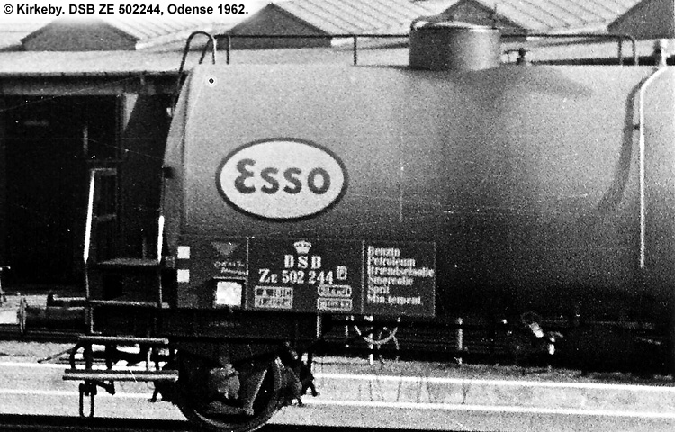 Dansk Esso A/S - DSB ZE 502244