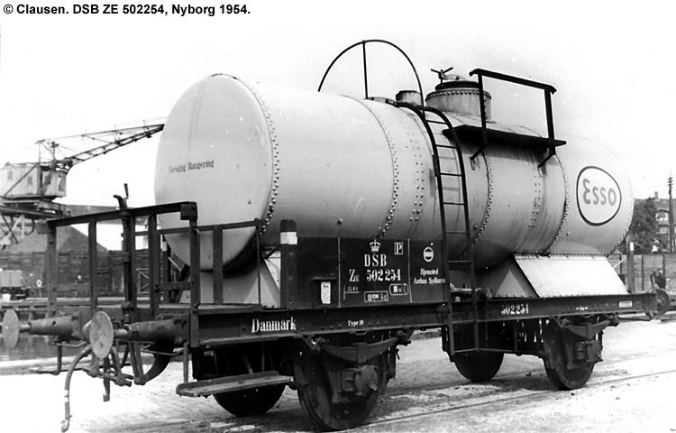 Dansk Esso A/S - DSB ZE 502254