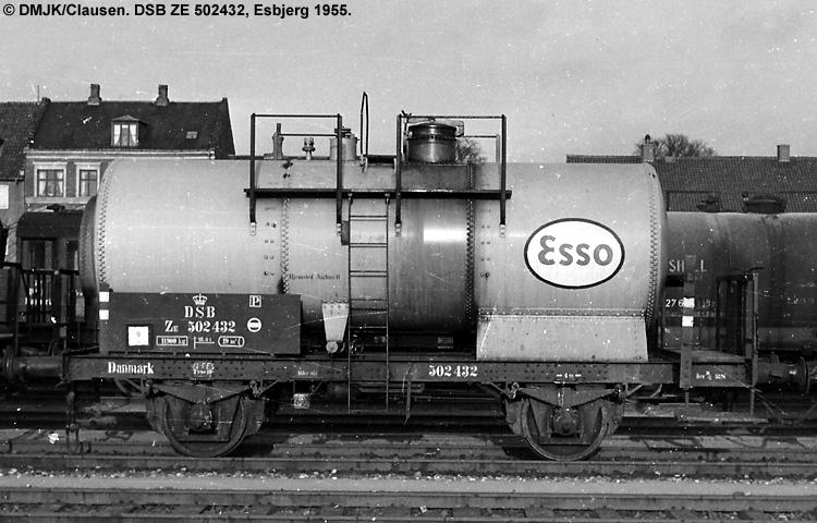 Dansk Esso A/S - DSB ZE 502432