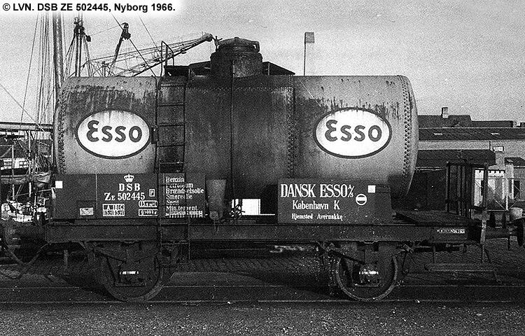Dansk Esso A/S - DSB ZE 502445