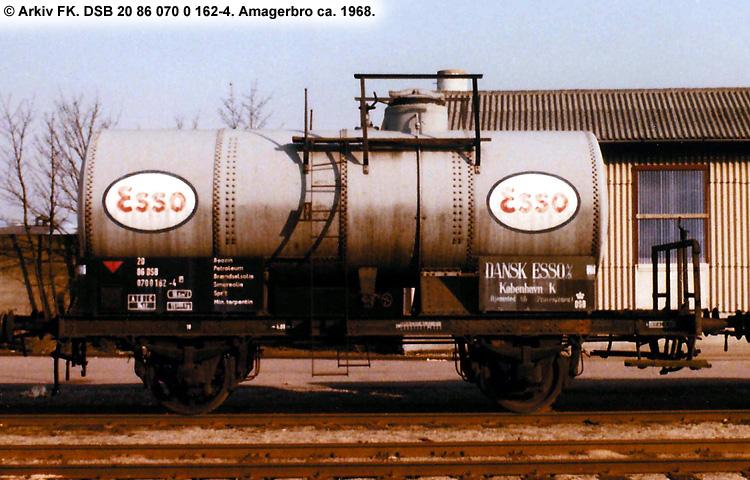 Dansk Esso A/S - DSB 20 86 070 0 162 - 4