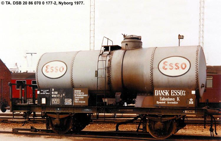 Dansk Esso A/S - DSB 20 86 070 0 177 - 2