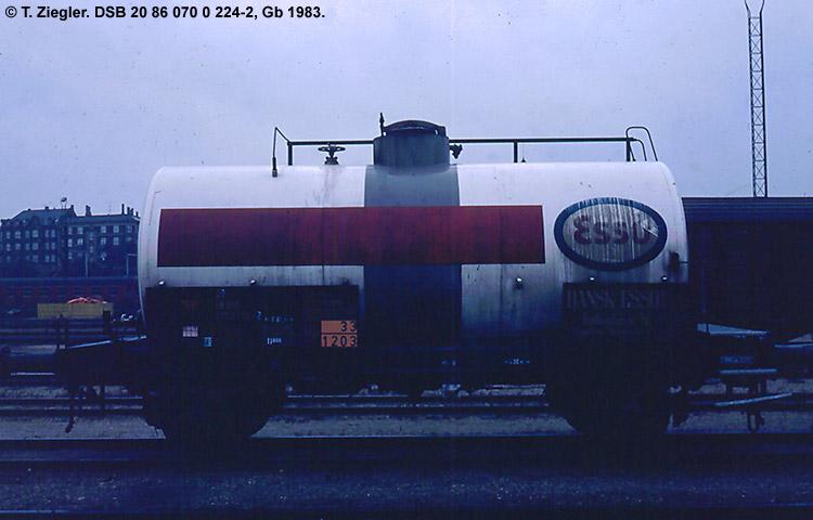 Dansk Esso A/S - DSB 20 86 070 0 224 - 2