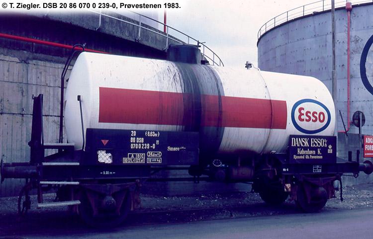 Dansk Esso A/S - DSB 20 86 070 0 239 - 0