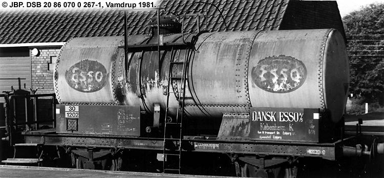 Dansk Esso A/S - DSB 20 86 070 0 267 - 1