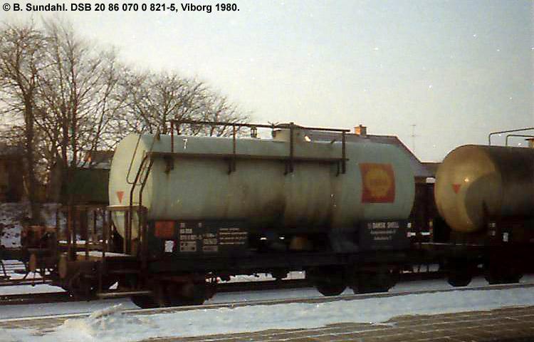 Dansk Shell A/S - DSB 20 86 070 0 821 - 5
