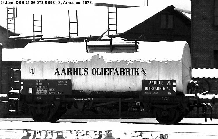 Århus Oliefabrik A/S - DSB 20 86 070 1 696 - 0