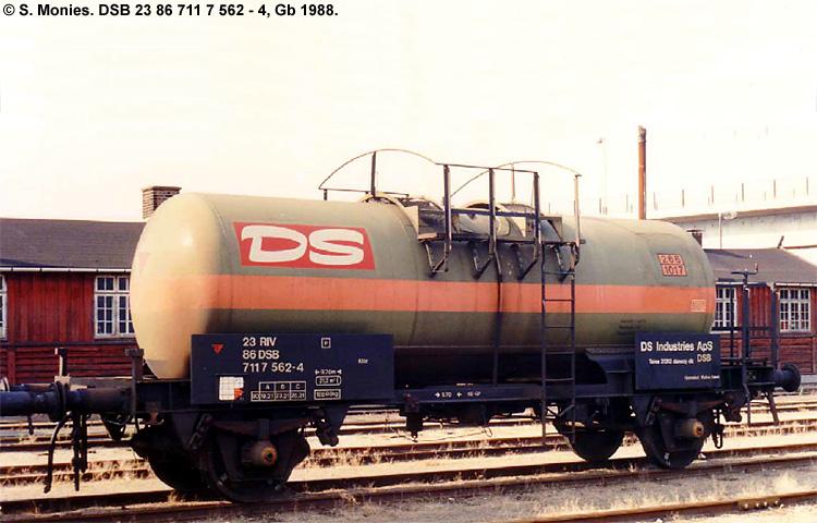 Dansk Sojakagefabrik A/S - DSB 23 86 711 7 562 - 4