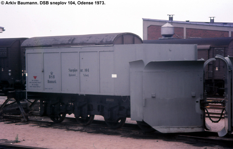 DSB Specialvogn 104<br>Sneplov