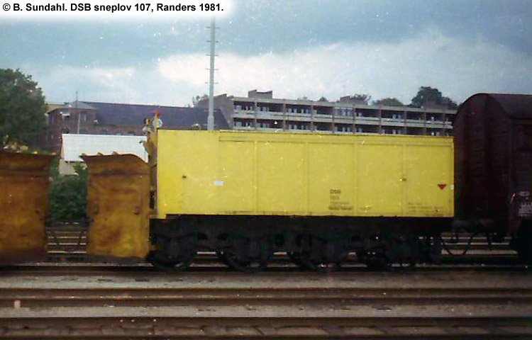 DSB Specialvogn 107<br>Sneplov