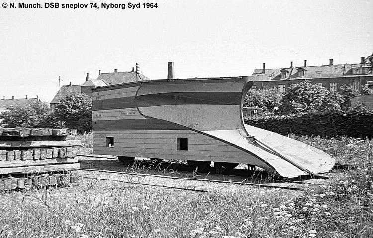 DSB Specialvogn 74<br>Sneplov
