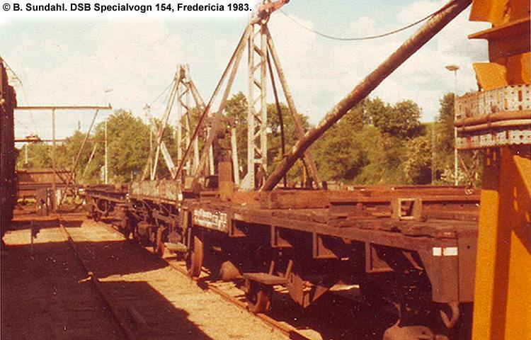 DSB Specialvogn 154<br>Skinneudlægningskran
