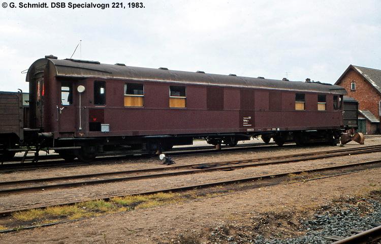 DSB Specialvogn 221<br>Mandskabsvogn