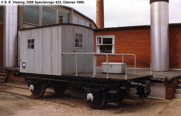 DSB Specialvogn 432<br>Løbevogn for kørekran 142