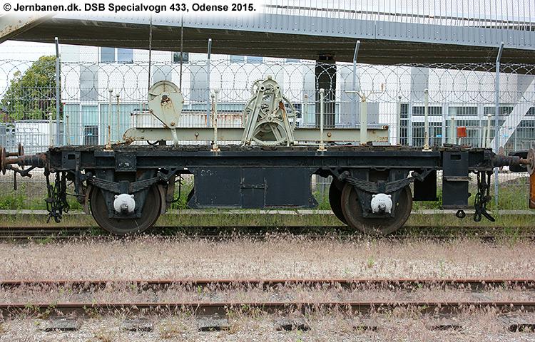 DSB Specialvogn 433<br>Løbevogn for kørekran 142