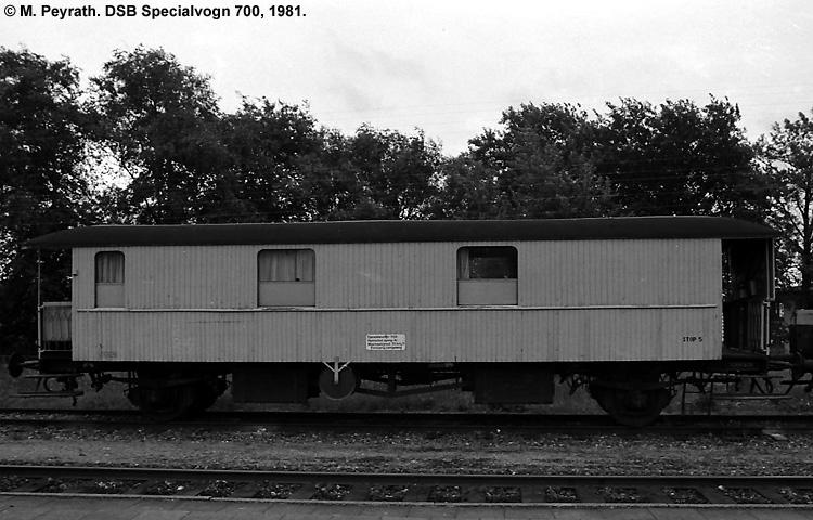 DSB Specialvogn 700<br>Mandskabsvogn for Svellestoppemaskine