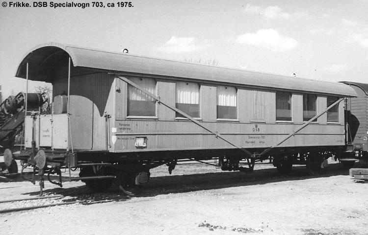 DSB Specialvogn 703<br>Svejsevogn
