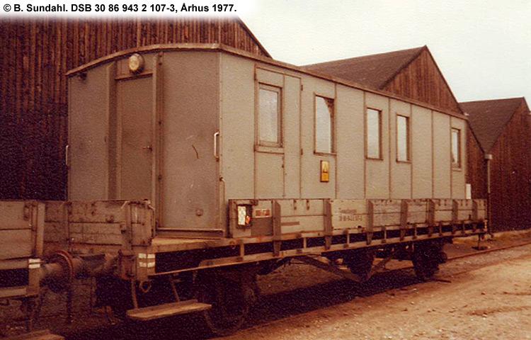 DSB tjenestevogn 30 86 943 2107 - 3
