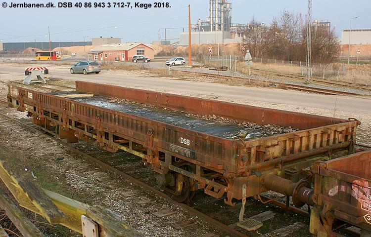 DSB tjenestevogn 40 86 943 3712-7