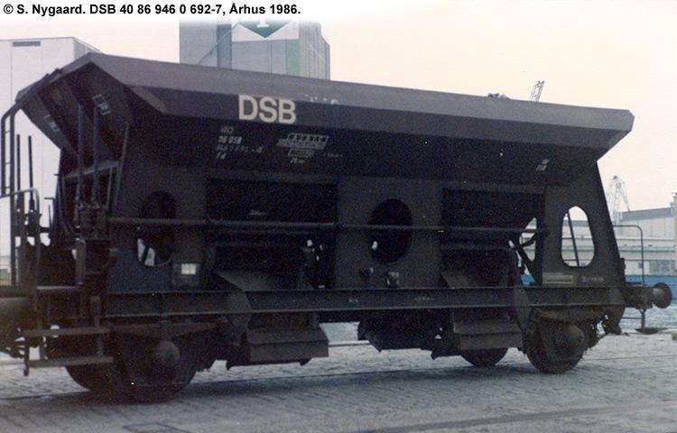 DSB Tjenestevogn 30 86 946 0692 - 9