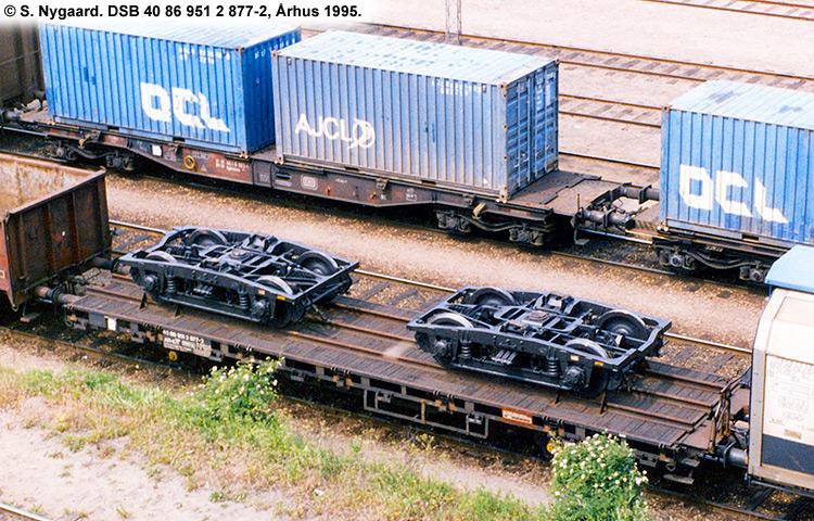 DSB tjenestevogn 40 86 951 2877 - 2