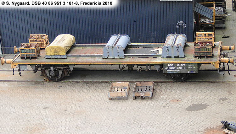 DSB tjenestevogn 40 86 951 3181-8